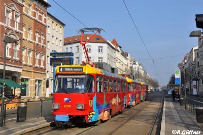 18.03.2016: Gläserner Großzug auf Linie 4 im Einsatz